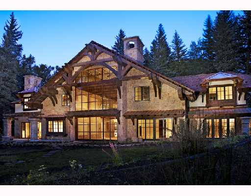 Luxury Lake Creek Home