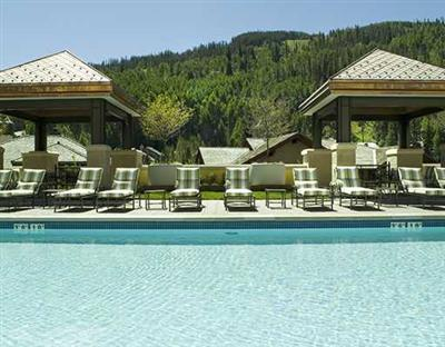 The Ritz Carlton Residences of Vail in Lionshead has a slope facing pool